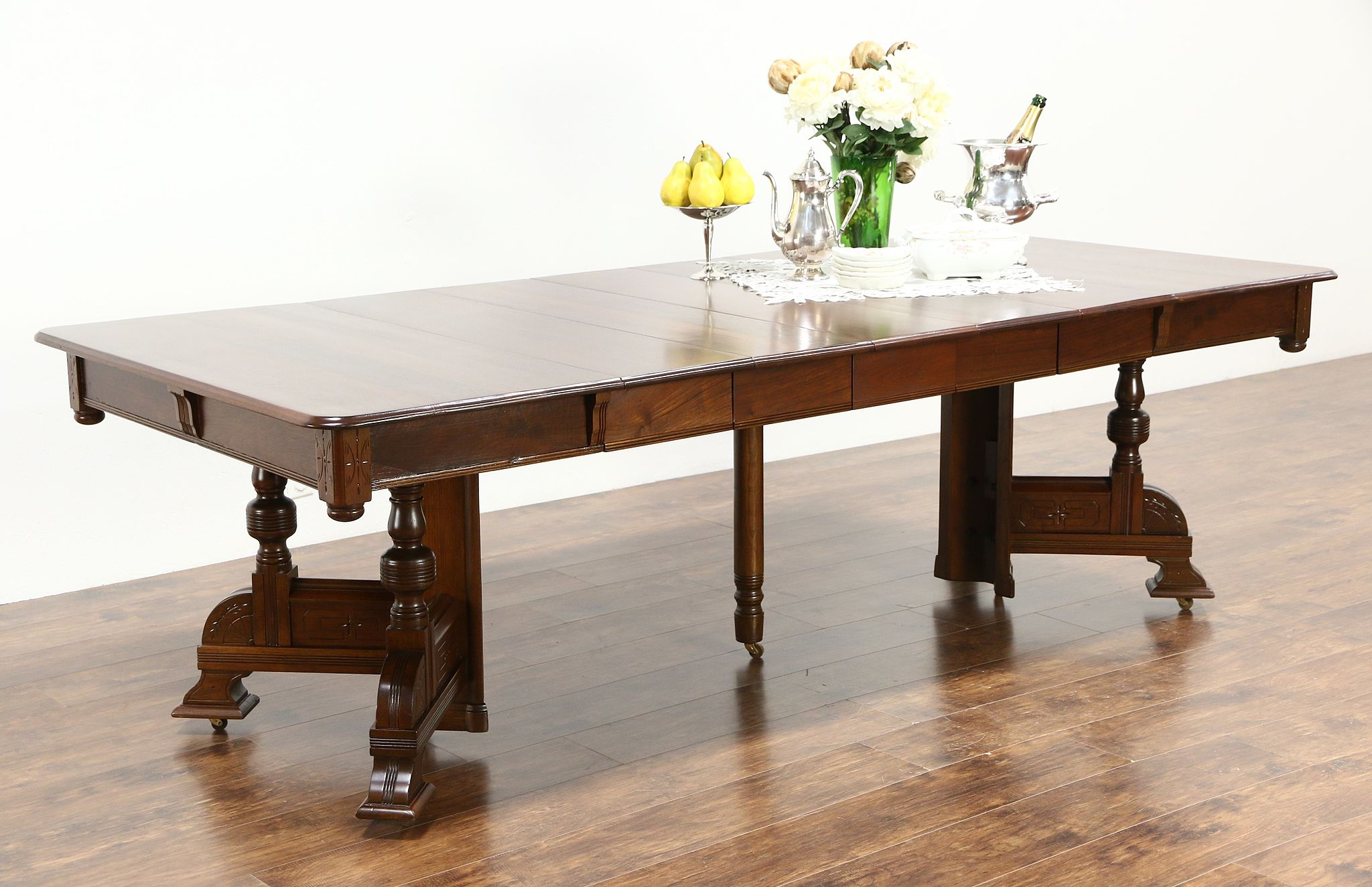 Victorian Eastlake 1890 Antique Walnut Dining Table 5 Leaves Extends 98