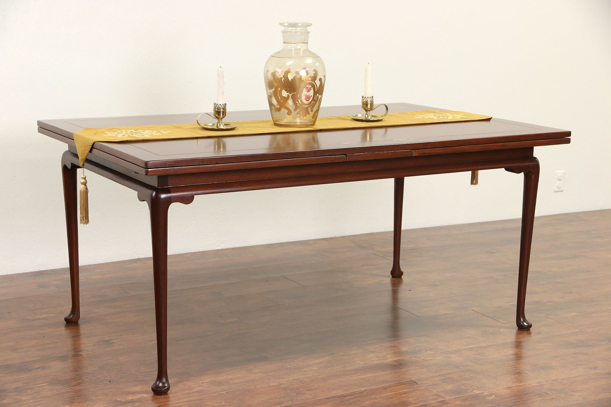Kittinger Signed Vintage Mahogany Dining Table Pull Out Leaves
