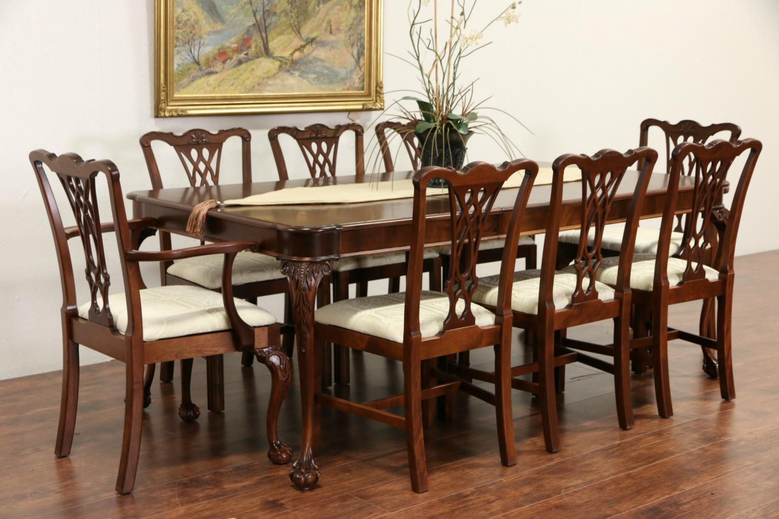 Georgian 1940u0027s Vintage Carved Mahogany Dining Set, Table, 5 Leaves, 8  Chairs