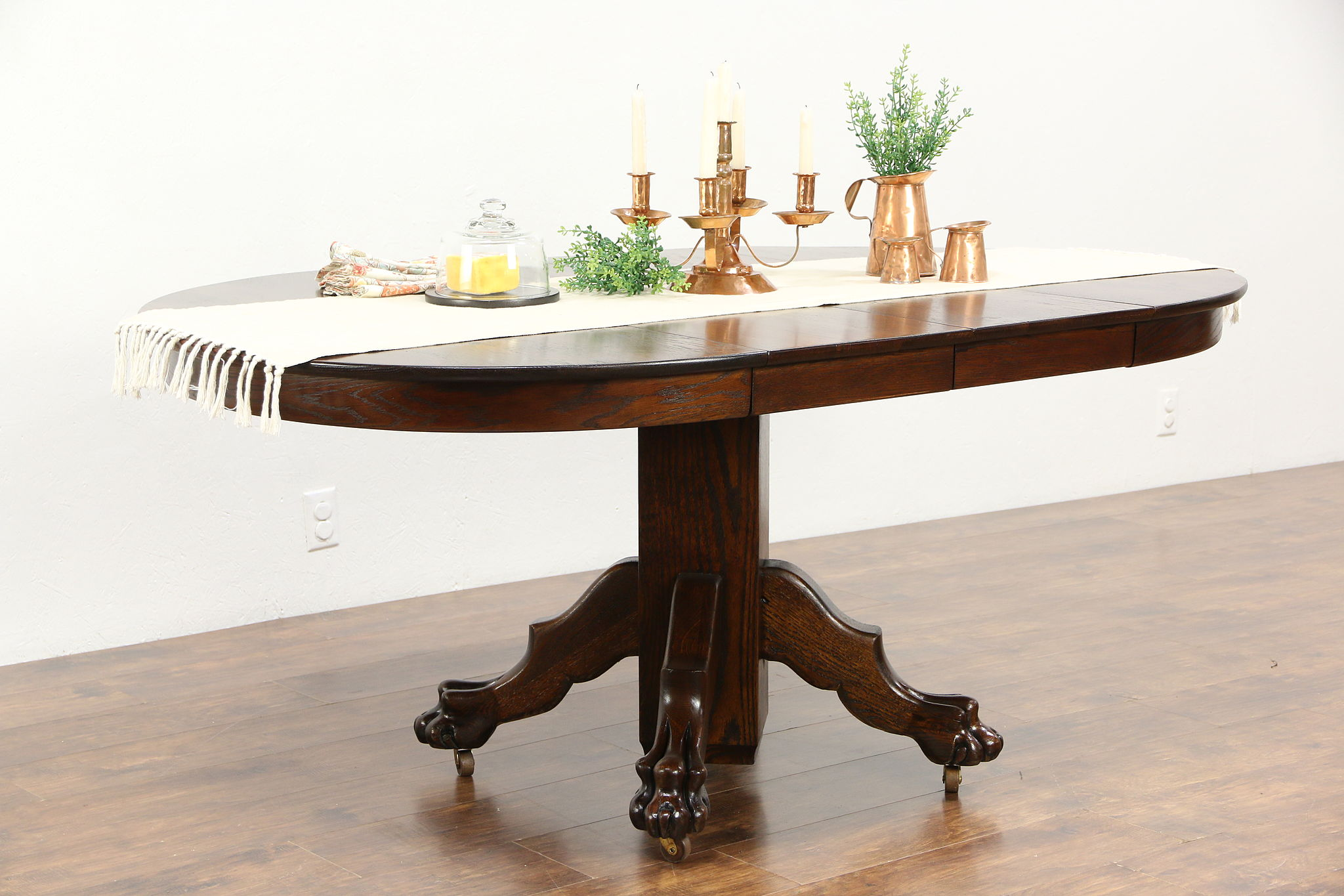 Sold Oak 1900 Antique 42 Round Dining Table 2 Leaves Carved Lion Paw Feet Harp Gallery Antiques Furniture