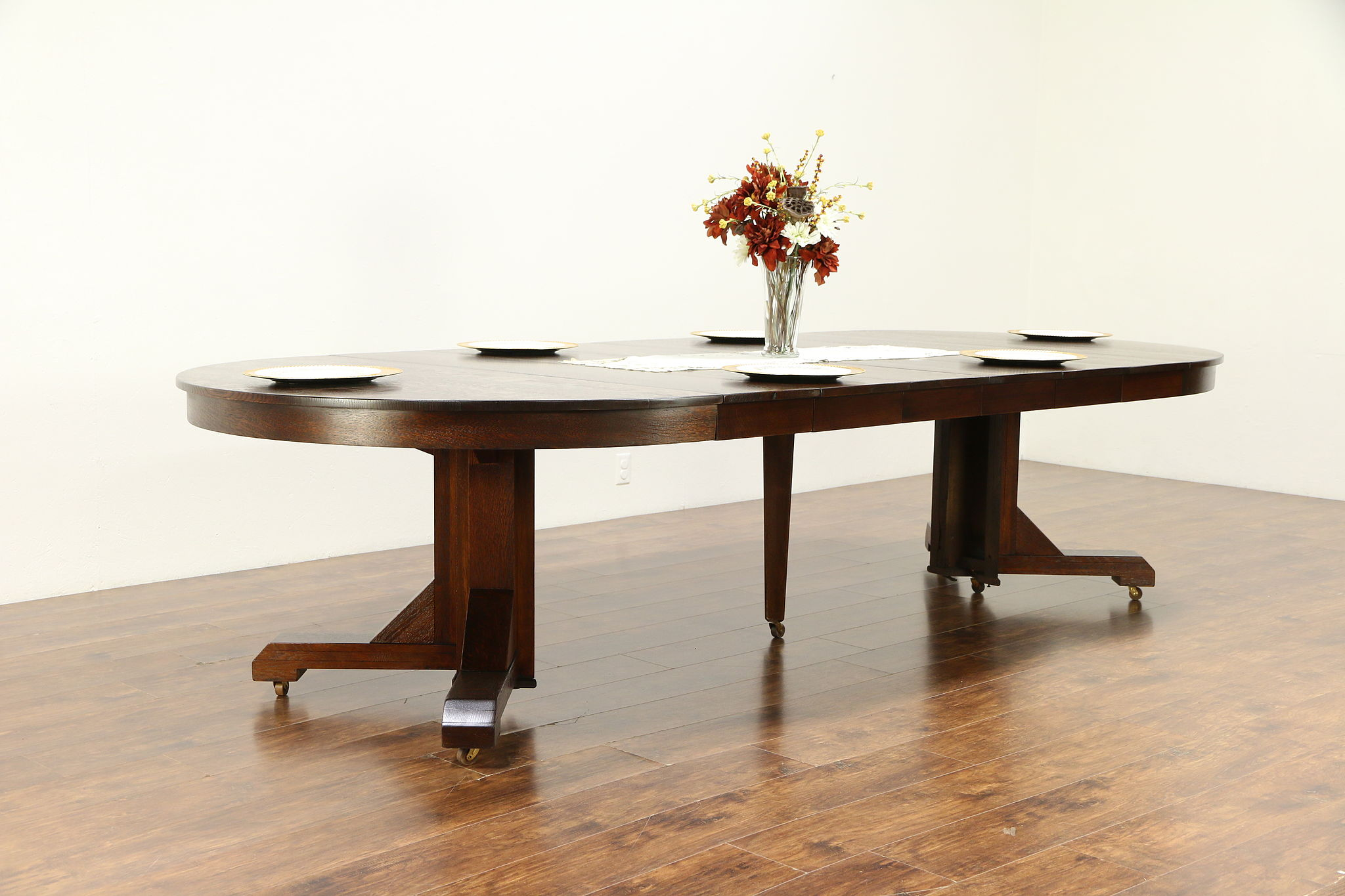 Sold Arts Crafts Mission Oak 56 Round Craftsman Antique Dining Table 10 7 30344 Harp Gallery Antiques Furniture