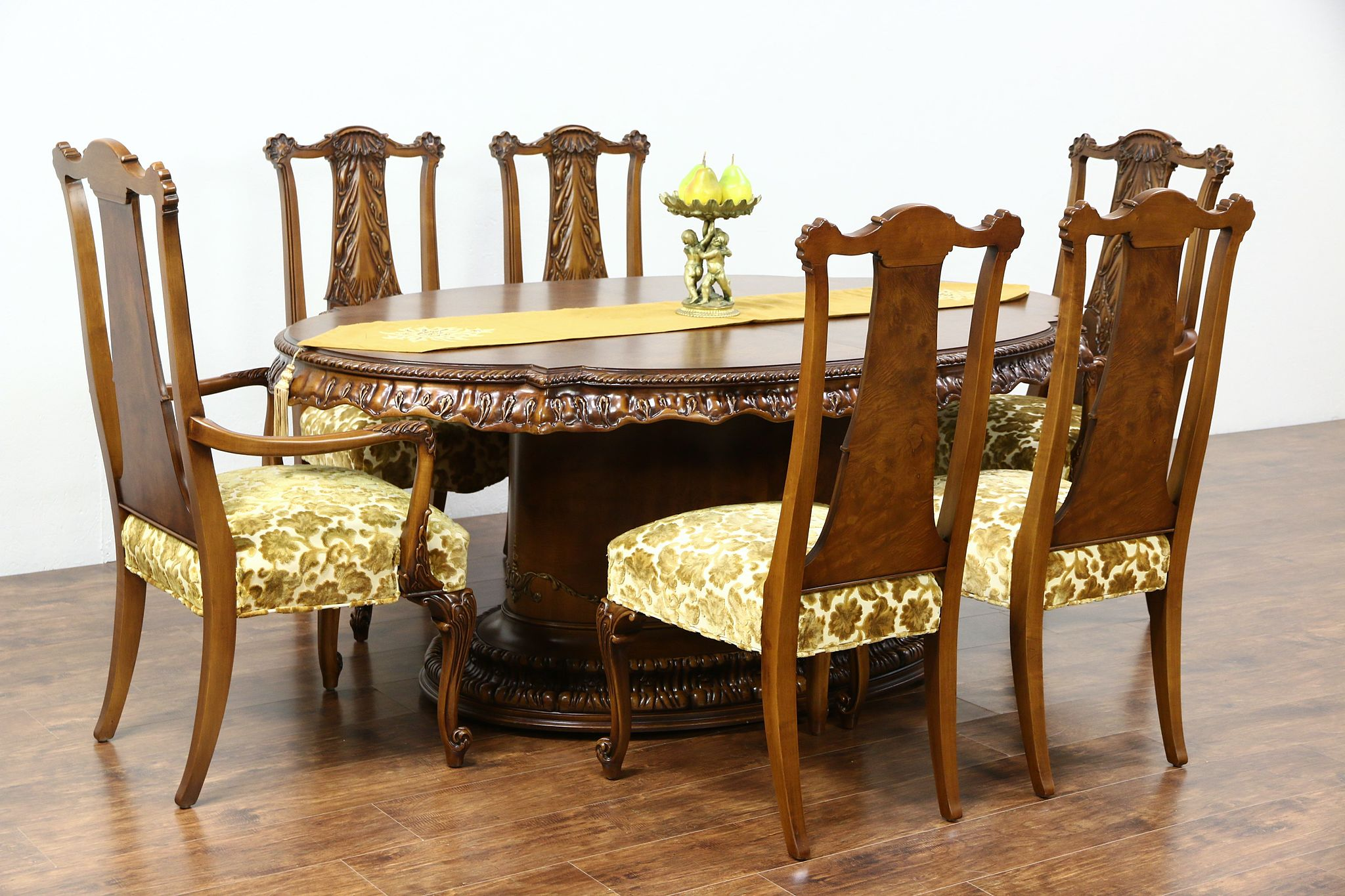 Photo 1 Romweber Louis XV De Gaulle 7 Pc Vintage Dining Set Table