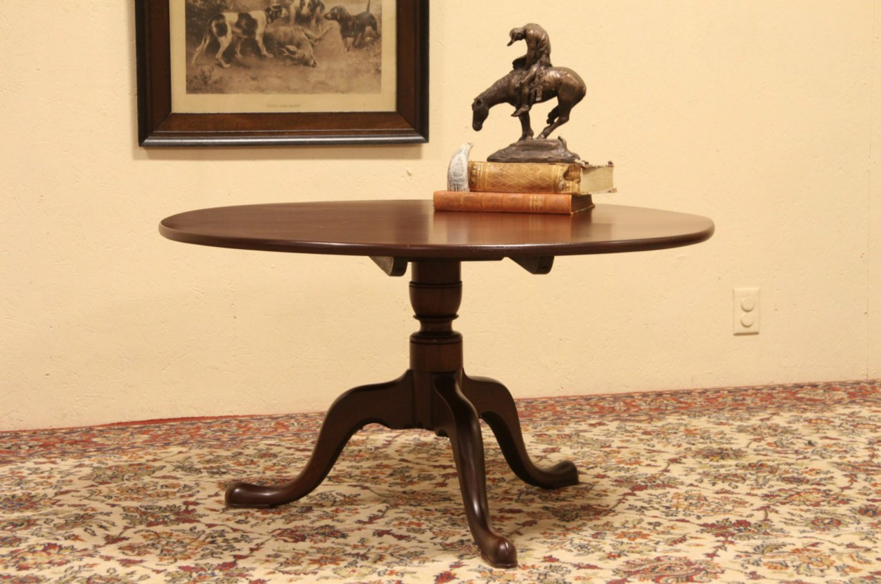 Coffee Or Cocktail Table From 1870 Antique Round Tea Table