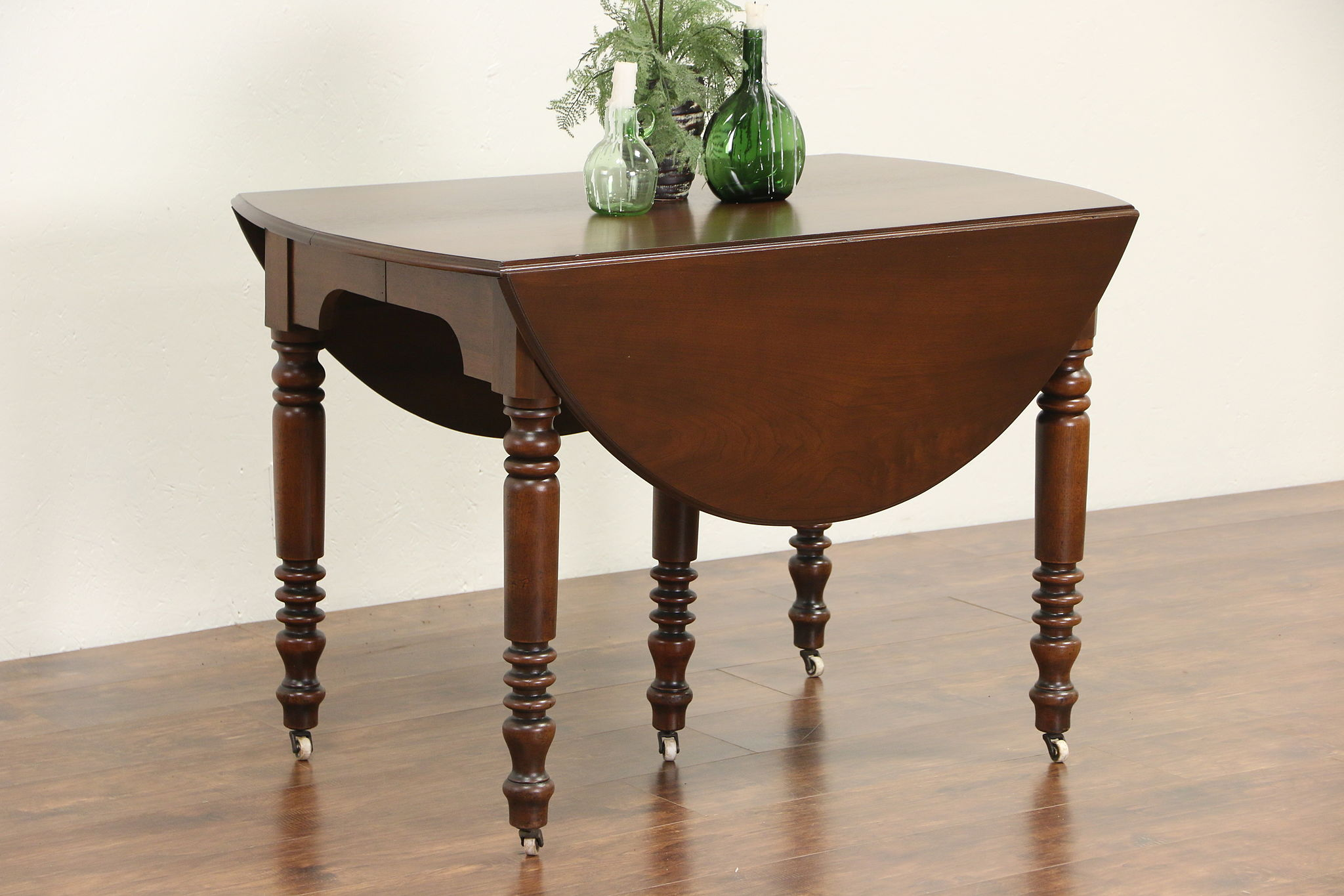 1880 Antique Victorian Walnut Drop Leaf Dining Table 4 Leaves Extends 8 4