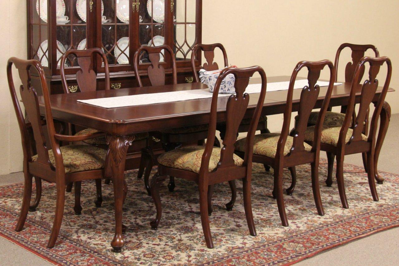 Knob Creek Cherry 1992 Vintage Dining Set, Table U0026 8 Chairs