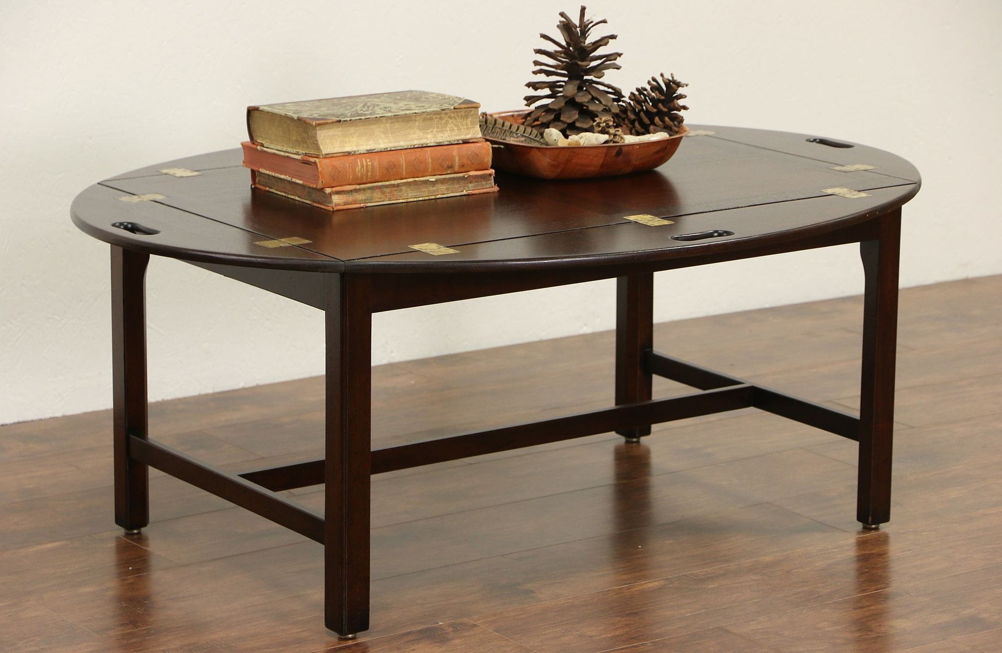 Gentil English Style Vintage Mahogany Butler Coffee Table With Tray