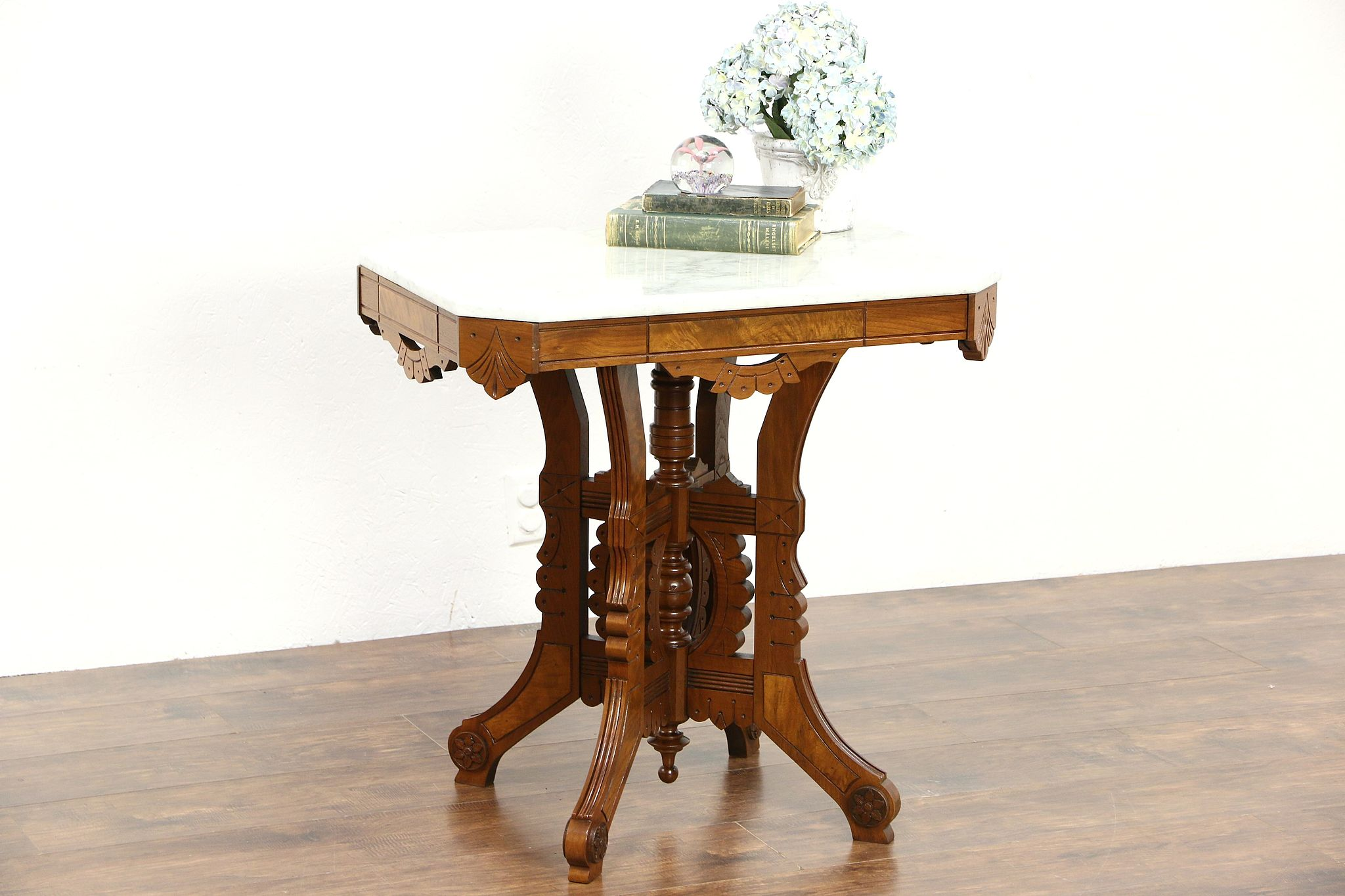 Victorian Eastlake 1880u0027s Antique Marble Top Walnut Lamp Or Parlor Table ...