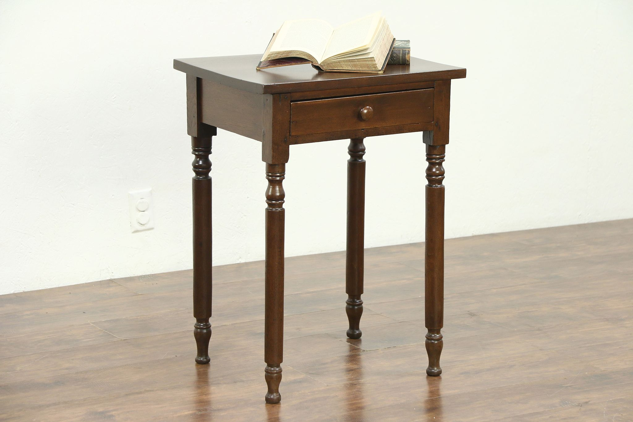 Walnut 1835 Antique Nightstand, Lamp Or End Table, Ohio #28688