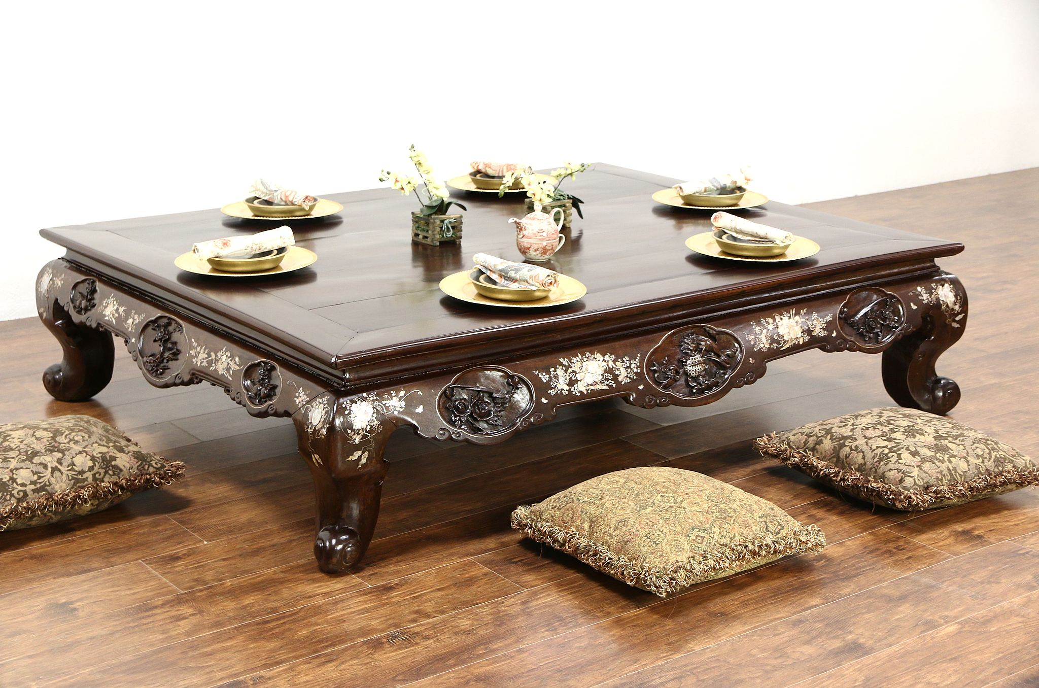 Chinese Rosewood 1860 Antique Low Banquet Dining or Coffee Table