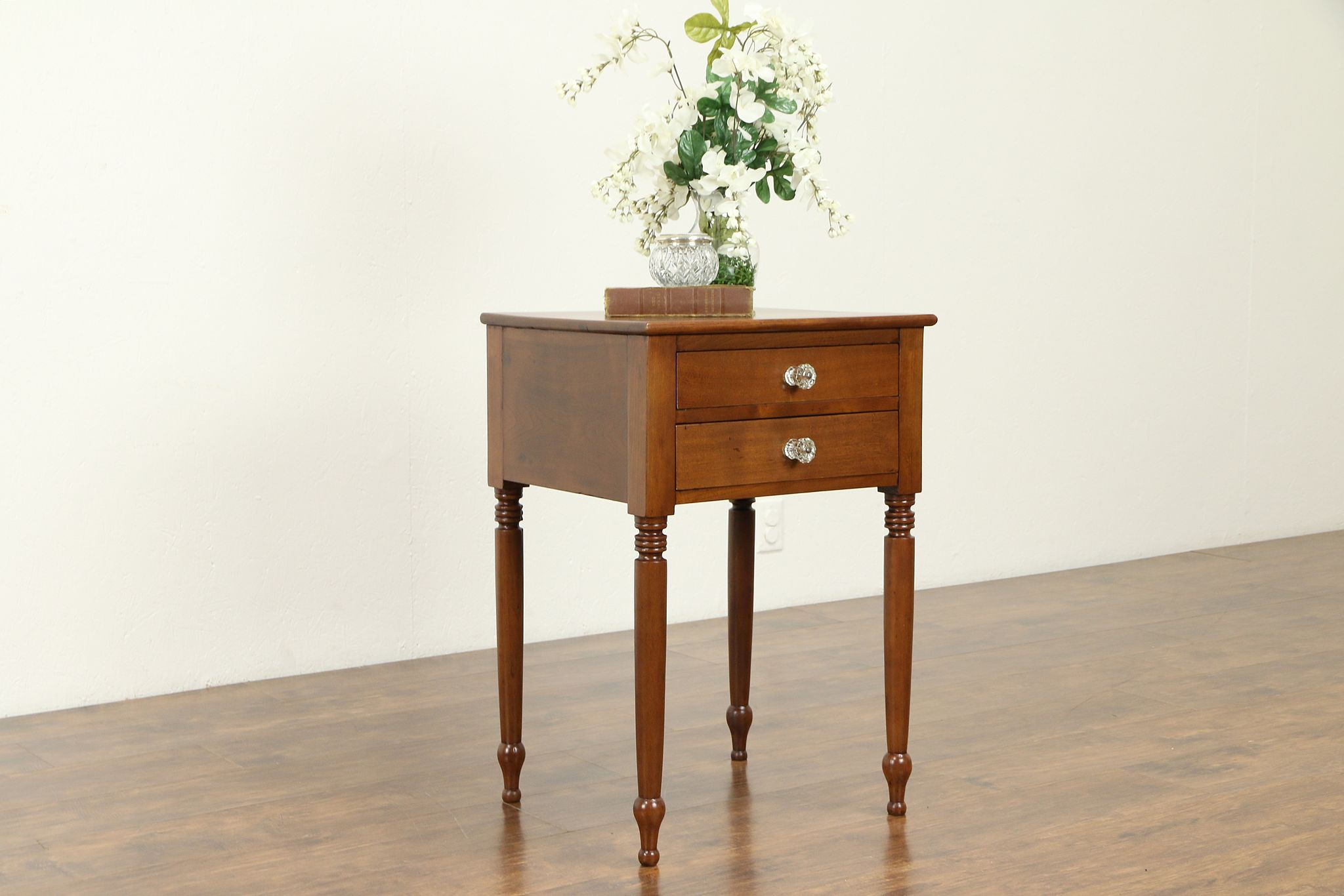 Sheraton Antique Cherry 1830 S Nightstand Or Lamp Table New England 31331