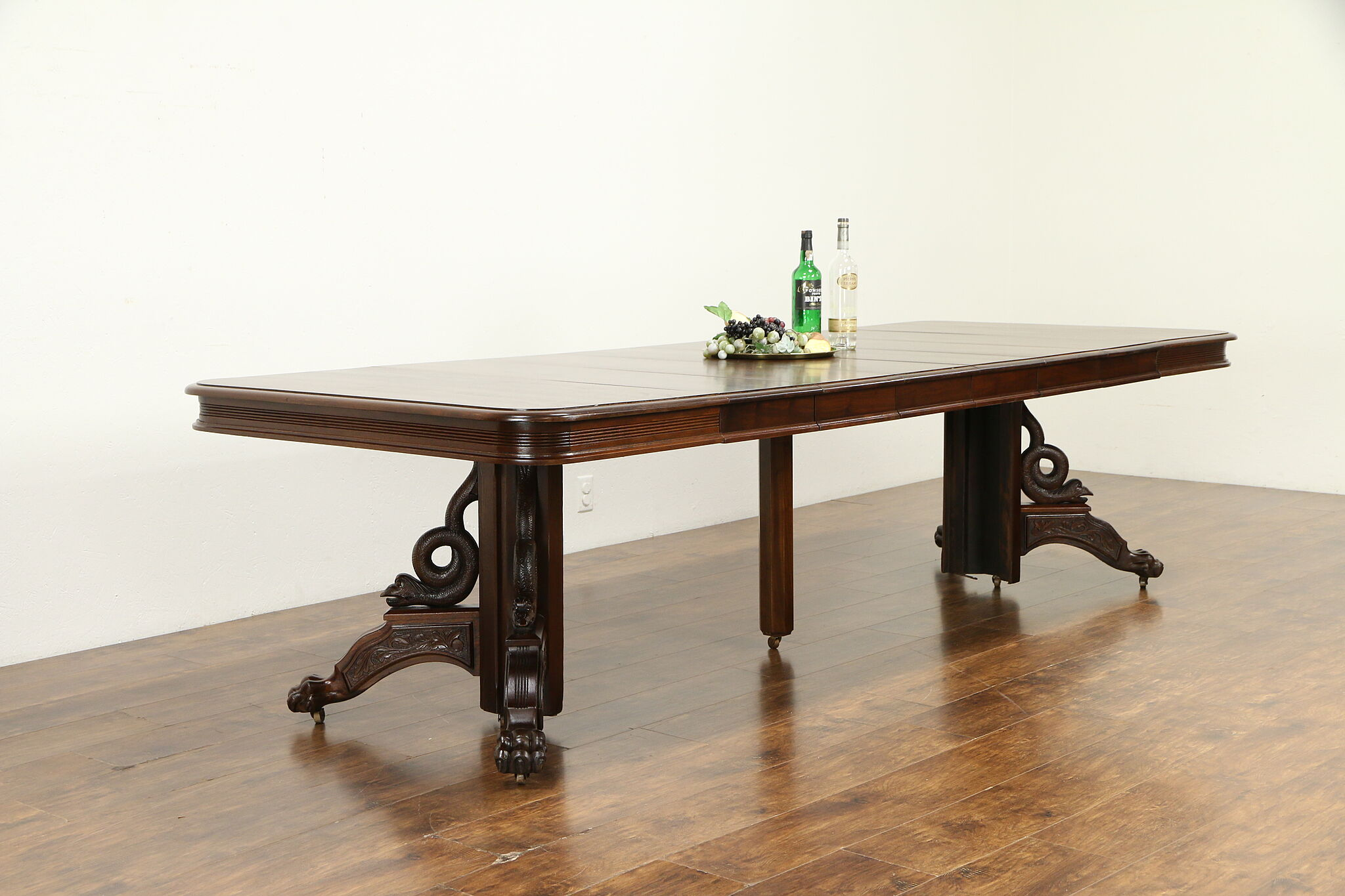 Victorian Antique Carved Walnut Dining Table 6 Leaves Extends 9 1 2 31600