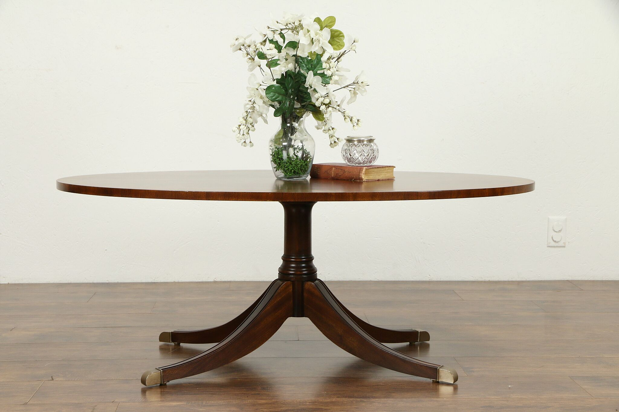 - SOLD - Traditional Oval Banded Mahogany Vintage Coffee Table