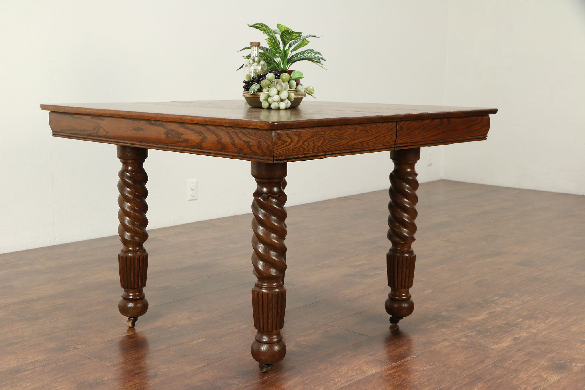 Oak Antique Victorian Square Dining Table 2 Leaves