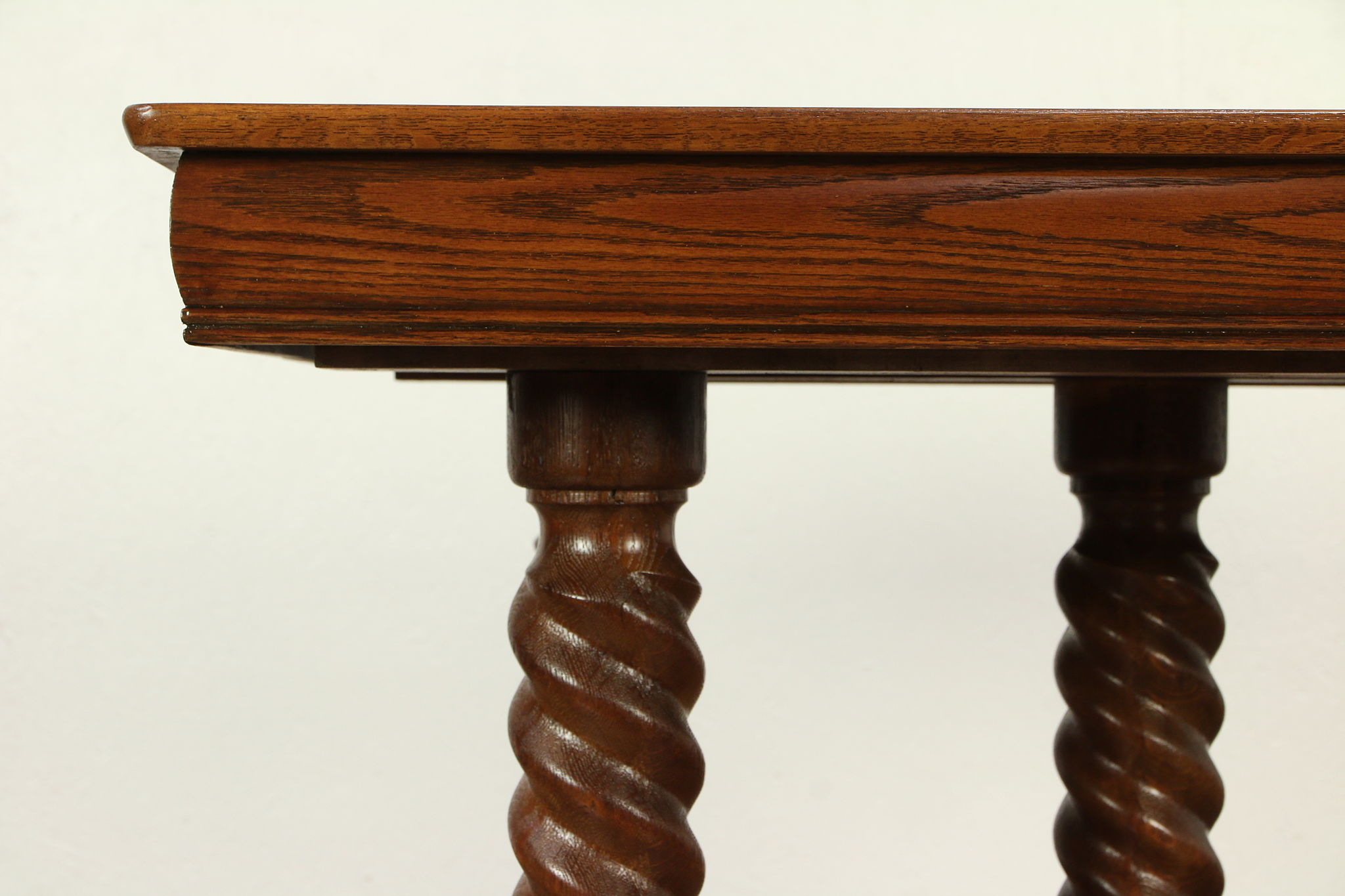 Oak Antique Victorian Square Dining Table 2 Leaves Spiral Legs