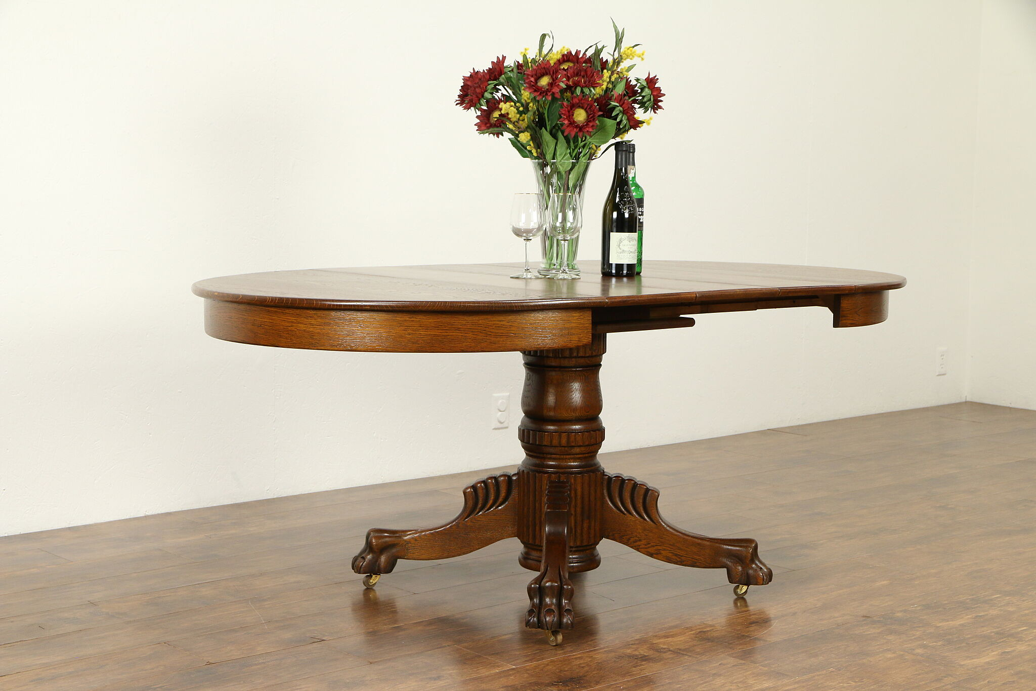 Round 42 Oak Antique Dining Table 3 Leaves Lion Paw Feet Extends 6 31723