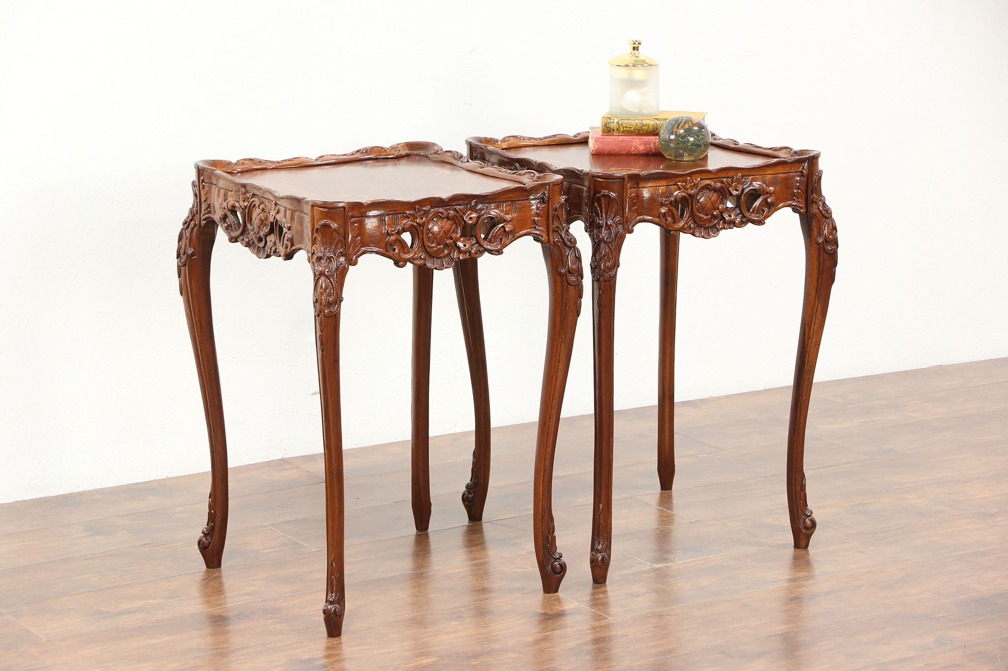 Beau Pair Carved French Style Marquetry 1930u0027s Vintage Lamp Or End Tables