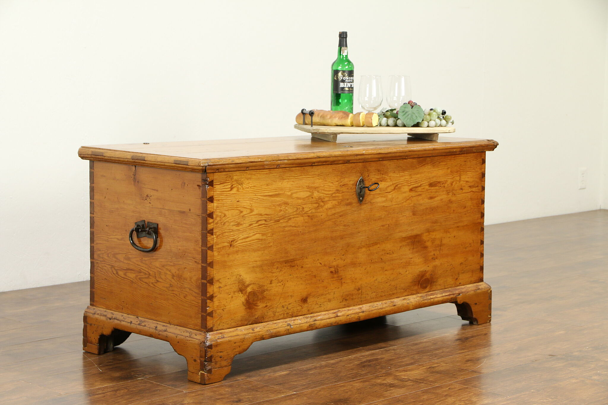 Sold Country Pine Antique 1825 Blanket Chest Trunk Or Coffee Table Ohio 31511 Harp Gallery Antiques Furniture