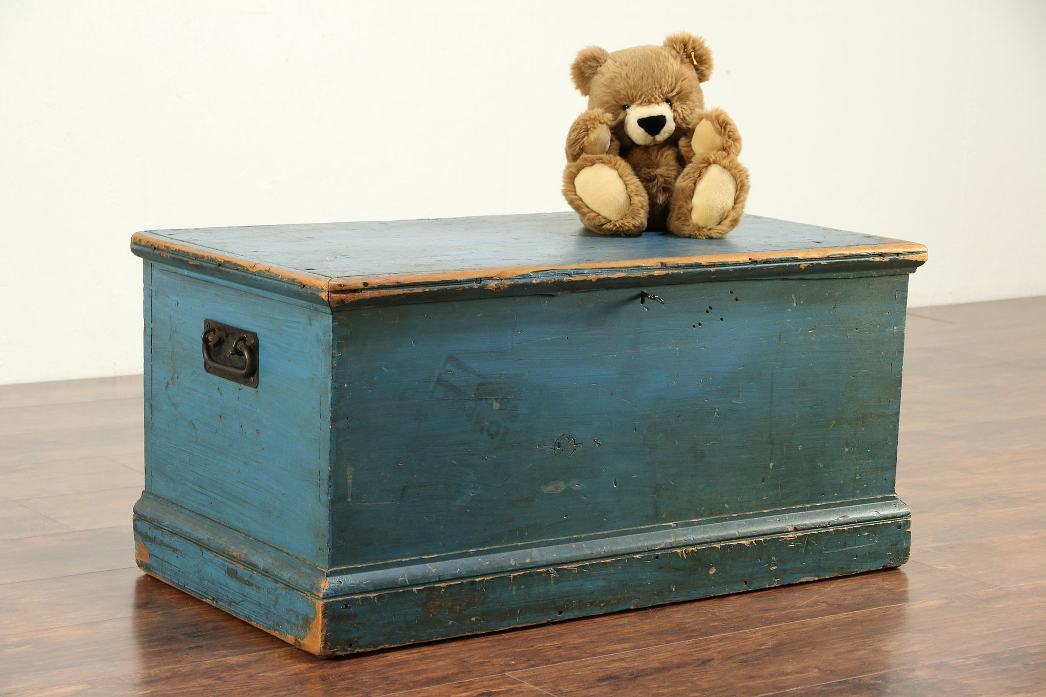 Sold Country Pine Antique Blanket Chest Or Trunk Or Coffee Table Blue Paint 29983 Harp Gallery Antiques Furniture