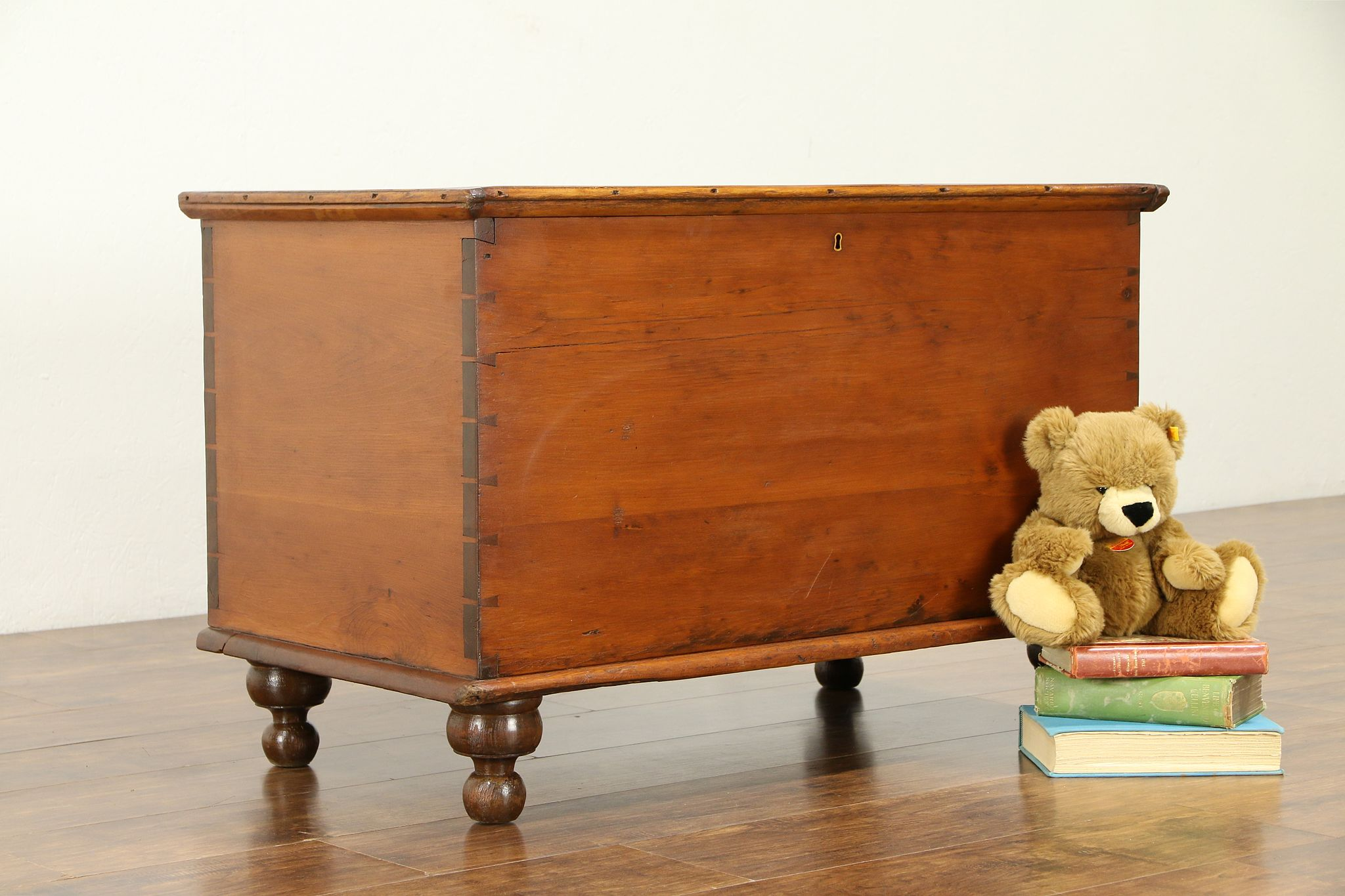 Sold Country Pine Antique 6 Board Blanket Chest Or Trunk Ohio 31018 Harp Gallery Antiques Furniture