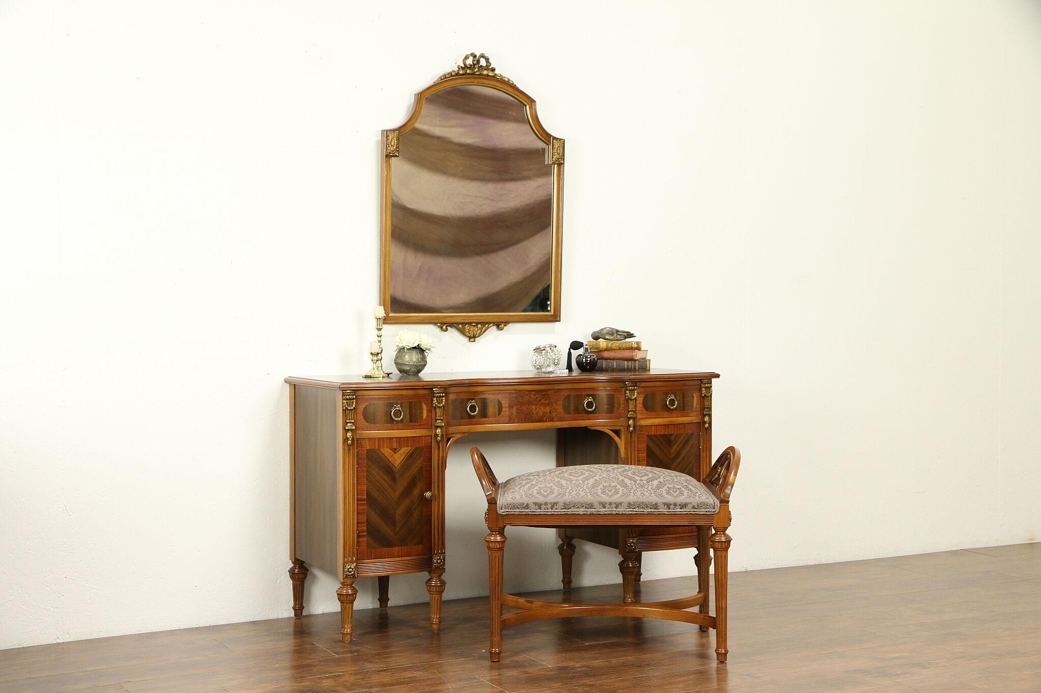Awe Inspiring Vanity Desk Or Dressing Table 1930S Vintage Bench Mirror 31985 Ibusinesslaw Wood Chair Design Ideas Ibusinesslaworg