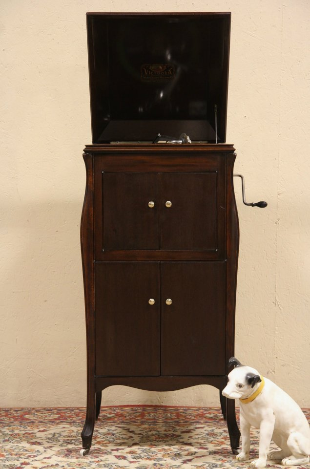 photo 1 - SOLD - Victrola Victor Phonograph VV-80 - Harp Gallery Antique Furniture